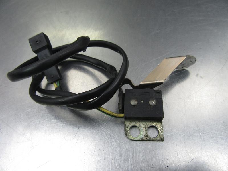611657 2x Original BMW 83300413586 Reparaturstecker 3-polig No